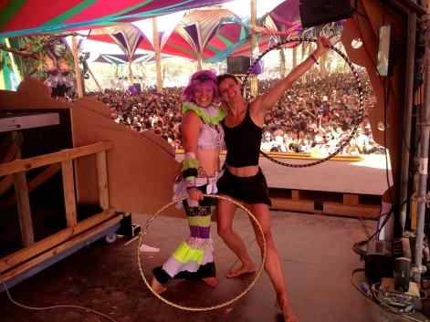 Mitra hoop lisa looping boom hula hoop festival
