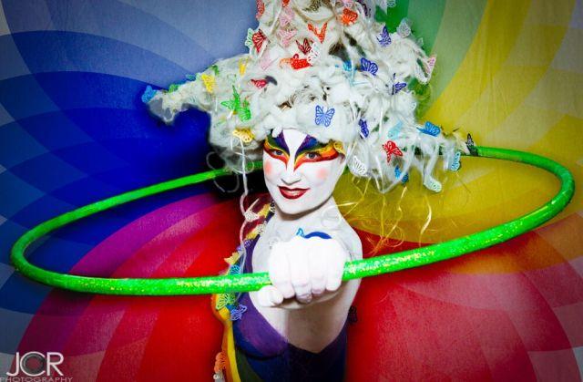 Regnbåge cirkus och kroppsmålning till företag
